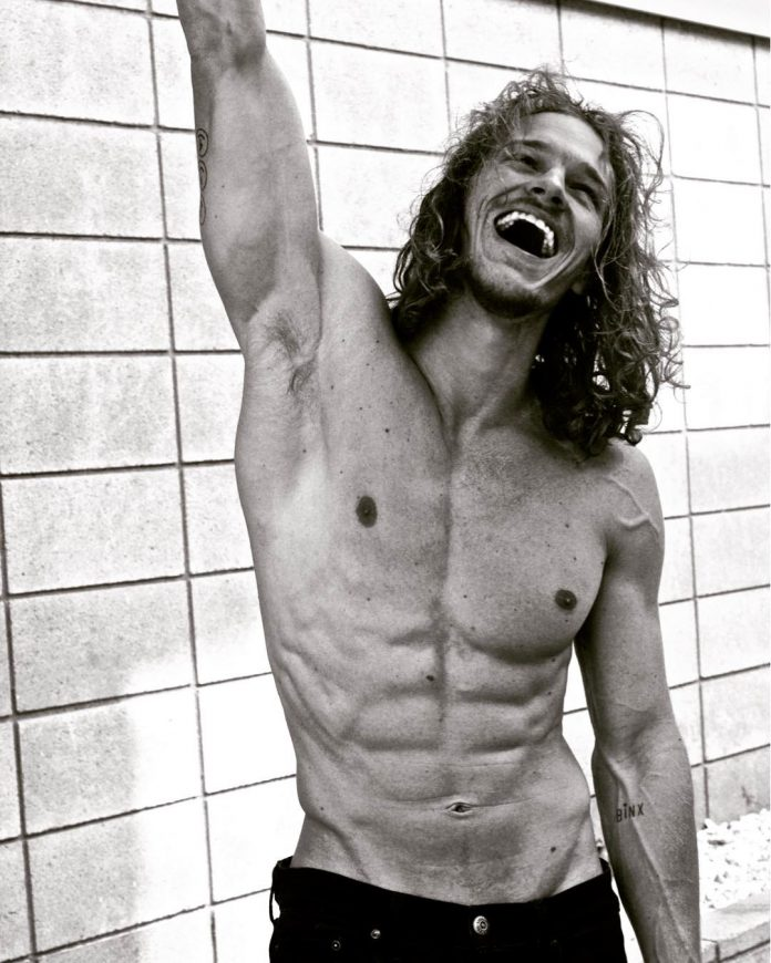 Ryan Dorsey flaunting his six pack abs